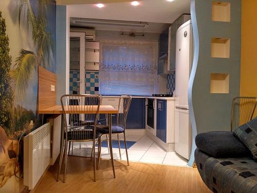 1-комнатная квартира посуточно в Одессе. ул. Академика Заболотного, 57. Фото 1