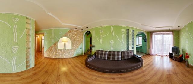 3-комнатная квартира посуточно в Ровно. пр-т Мира, 9. Фото 1