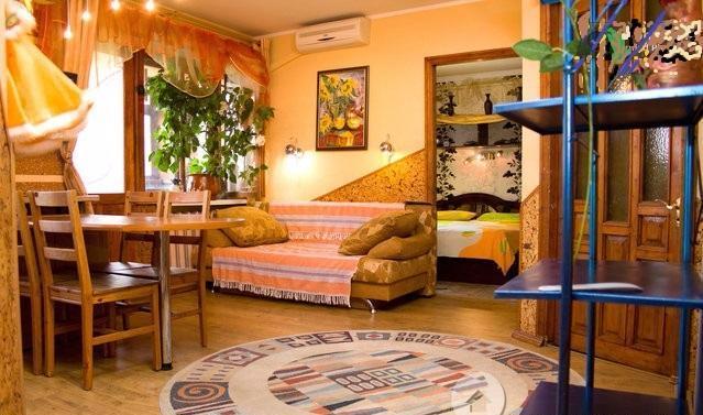 3-комнатная квартира посуточно в Одессе. Малиновский район, ул. Болгарская, 22. Фото 1