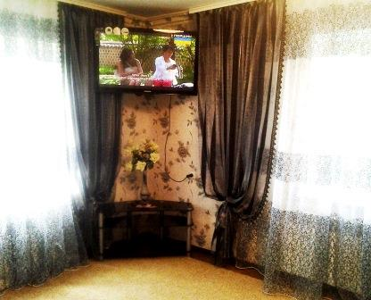 1-комнатная квартира посуточно в Кировограде. Кировский район, ул. Виктора Чмиленка, 62. Фото 1