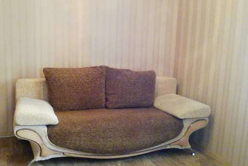 1-комнатная квартира посуточно в Сумах. ул. Набережная р.Стрелки, 28. Фото 1