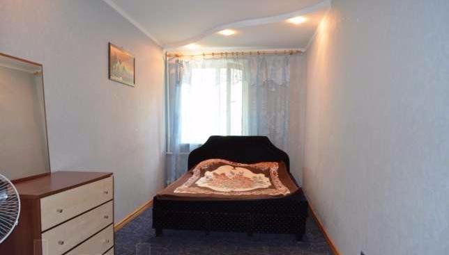 2-комнатная квартира посуточно в Керчи. ул. Кирова, 31. Фото 1