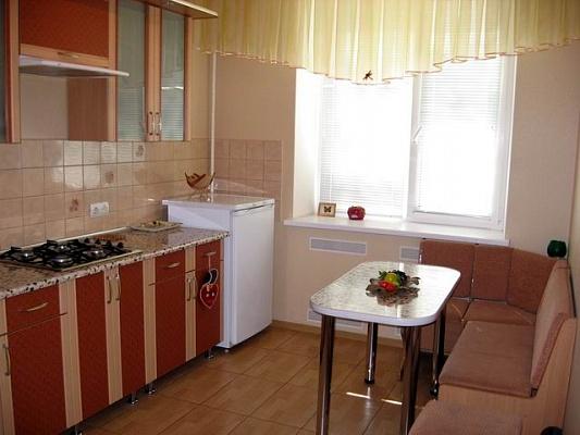 1-комнатная квартира посуточно в Николаеве. Центральный район, ул. Соборная (Советская), 1. Фото 1