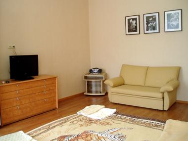 1-комнатная квартира посуточно в Одессе. ул. Екатерининская, 20. Фото 1
