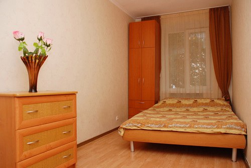 2-комнатная квартира посуточно в Киеве. Печерский район, б-р Леси Украинки, 13. Фото 1
