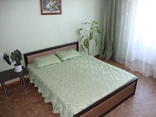 1-комнатная квартира посуточно в Житомире. ул. Бол. Бердичевская, 30. Фото 1