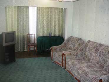 2-комнатная квартира посуточно в Киеве. Соломенский район, Политехническая. Фото 1
