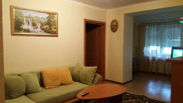 3-комнатная квартира посуточно в Поляне. ул. Курортная, 1. Фото 1