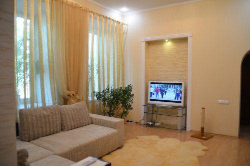 3-комнатная квартира посуточно в Одессе. Приморский район, ул. Конная, 1. Фото 1