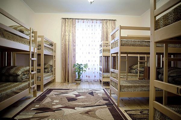Мини-отель  посуточно в Львове. Галицкий район, ул. Валова, 27. Фото 1