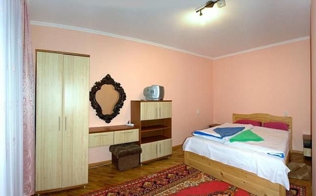 2-комнатная квартира посуточно в Трускавце. ул. Бориславская, 23/2. Фото 1