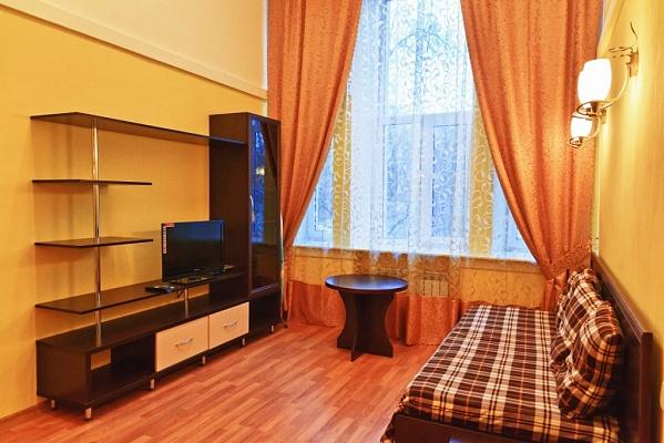1-комнатная квартира посуточно в Харькове. Киевский район, ул. Фрунзе, 5. Фото 1