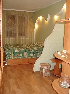 2-комнатная квартира посуточно в Сумах. Заречный район, ул. С-Киевских див, 36. Фото 1