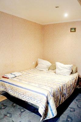 1-комнатная квартира посуточно в Сумах. Ковпаковский район, ул. Холодногорская , 37. Фото 1