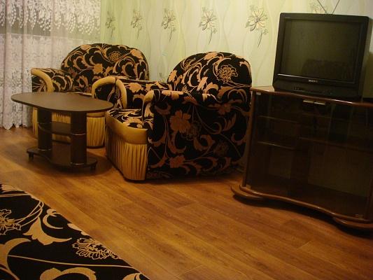 1-комнатная квартира посуточно в Харькове. Киевский район, Блюхера, 11. Фото 1