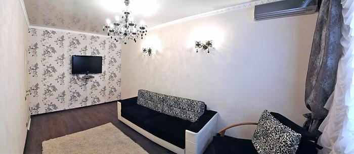 2-комнатная квартира посуточно в Николаеве. Центральный район, ул. Лягина, 29-А. Фото 1