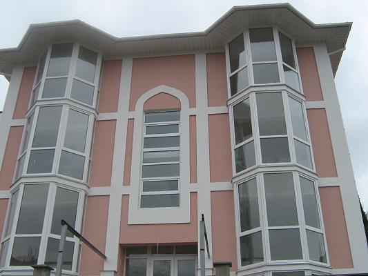 2-комнатная квартира посуточно в Ялте. ул. Умельцев, 5. Фото 1
