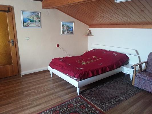3-комнатная квартира посуточно в Берегово. ул. Томаша Михая, 42. Фото 1