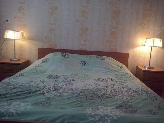 2-комнатная квартира посуточно в Хмельницком. ул. Кармелюка, 8. Фото 1