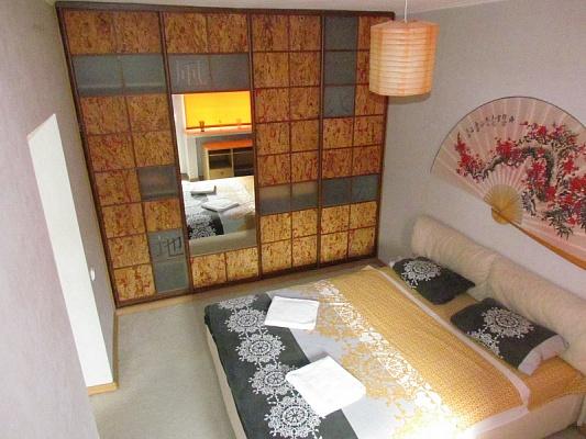 2-комнатная квартира посуточно в Киеве. Печерский район, бул. Леси Украинки, 17. Фото 1