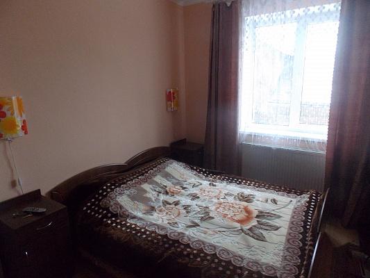 1-комнатная квартира посуточно в Трускавце. ул. Суховолья, 42. Фото 1