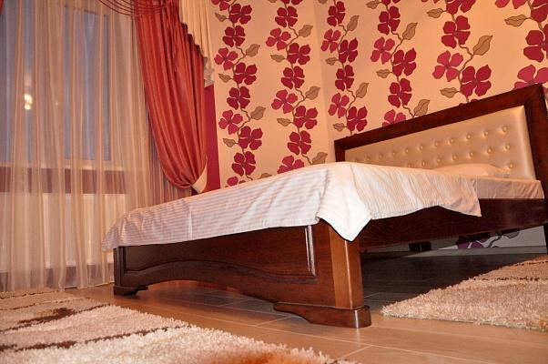 1-комнатная квартира посуточно в Борисполе. ул. Бабкина, 6. Фото 1