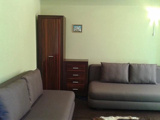 1-комнатная квартира посуточно в Алупке. ул. Приморская, 3. Фото 1