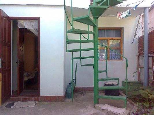 2-комнатная квартира посуточно в Феодосии. ул. Речная, 20. Фото 1