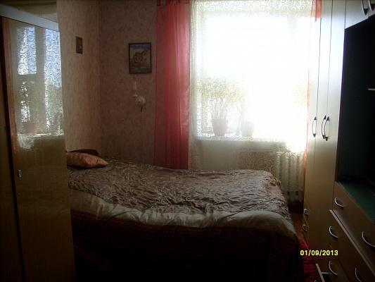 2-комнатная квартира посуточно в Каменце-Подольском. ул. Пушкинская, 29. Фото 1