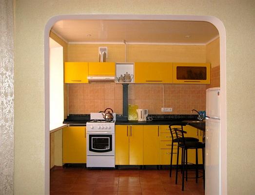 1-комнатная квартира посуточно в Сумах. Заречный район, ул. Береста, 5. Фото 1