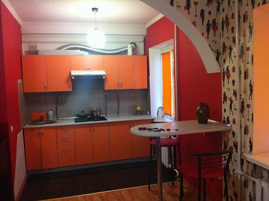 1-комнатная квартира посуточно в Херсоне. Комсомольский район, ул. Розы Люксембург, 19. Фото 1