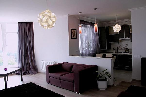 1-комнатная квартира посуточно в Сумах. Заречный район, ул. Гагарина , 20. Фото 1