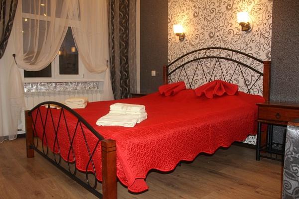 1-комнатная квартира посуточно в Львове. Галицкий район, пл. Рынок, 34. Фото 1