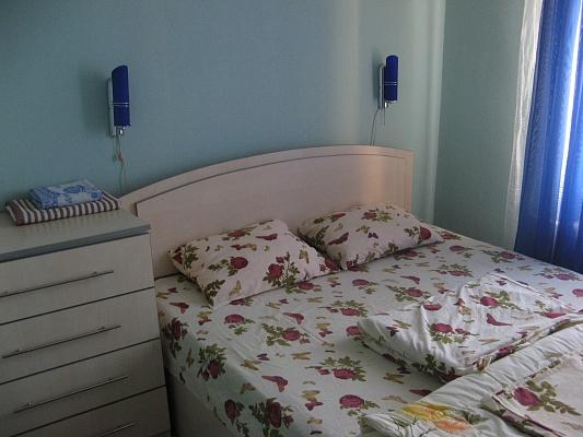 3-комнатная квартира посуточно в Кременчуге. ул. Троицкая (Красина), 40. Фото 1