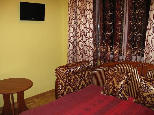 2-комнатная квартира посуточно в Трускавце. Прыстая, 37. Фото 1