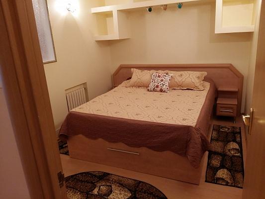 1-комнатная квартира посуточно в Николаеве. ул. Садовая, 23. Фото 1