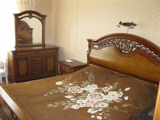 Мини-отель  посуточно в Ялте. ул. Пушкинская, 7. Фото 1