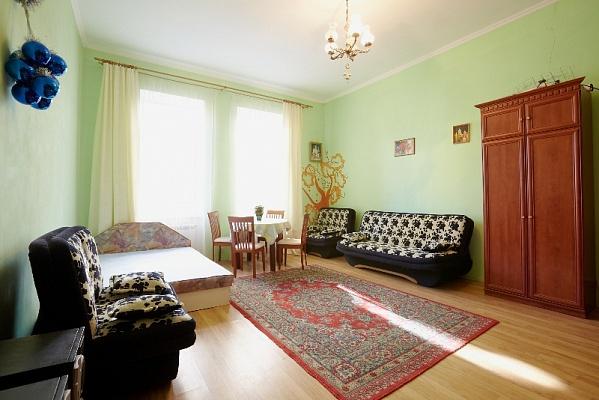 1-комнатная квартира посуточно в Львове. Галицкий район, ул. Банковская, 3. Фото 1