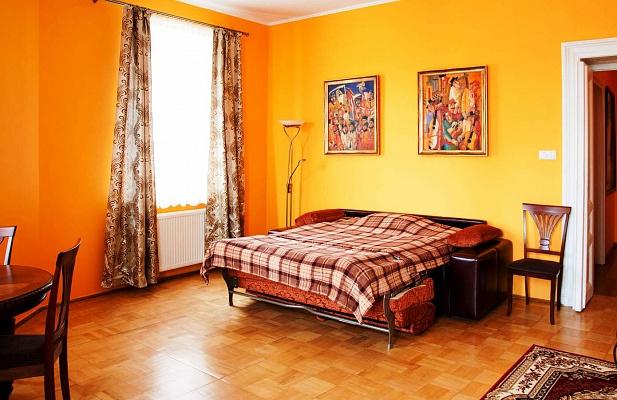1-комнатная квартира посуточно в Львове. Галицкий район, ул. Валова, 14. Фото 1