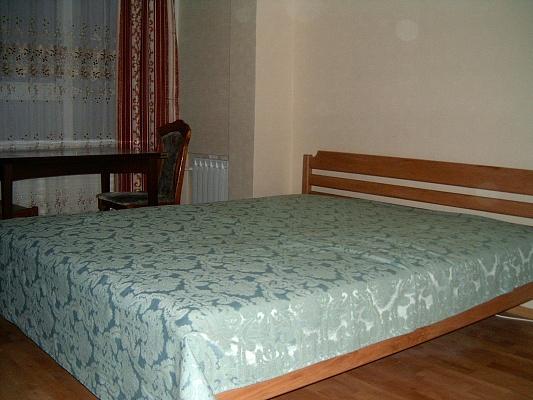 1-комнатная квартира посуточно в Киеве. Оболонский район, пр-т Оболонский, 5. Фото 1