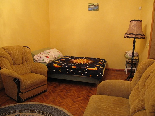1-комнатная квартира посуточно в Одессе. Приморский район, ул. Канатная, 16. Фото 1