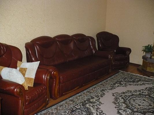 2-комнатная квартира посуточно в Виннице. Старогородский район, ул. Невского, 3. Фото 1