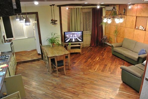4-комнатная квартира посуточно в Одессе. Приморский район, пер. Слепнева, 2. Фото 1