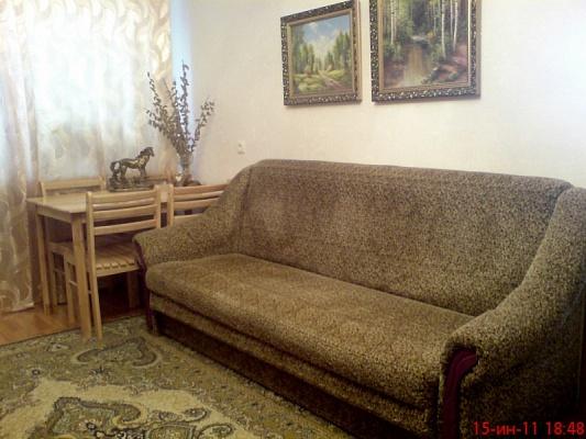 3-комнатная квартира посуточно в Феодосии. пер. Тамбовский, 1. Фото 1