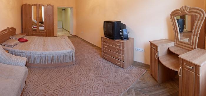 1-комнатная квартира посуточно в Львове. Галицкий район, вул.Котлярська, 2. Фото 1