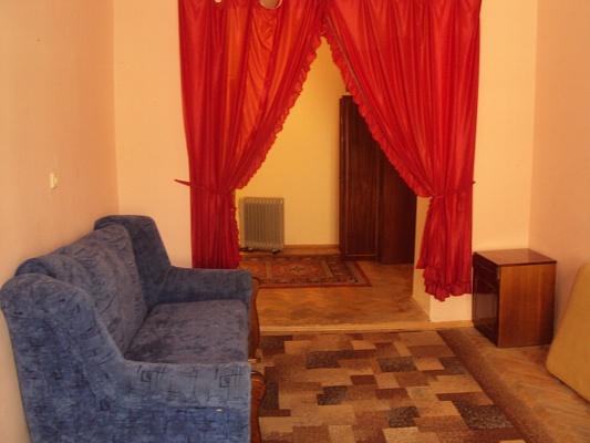2-комнатная квартира посуточно в Львове. Лычаковский район, вул.Личаківська, 16. Фото 1