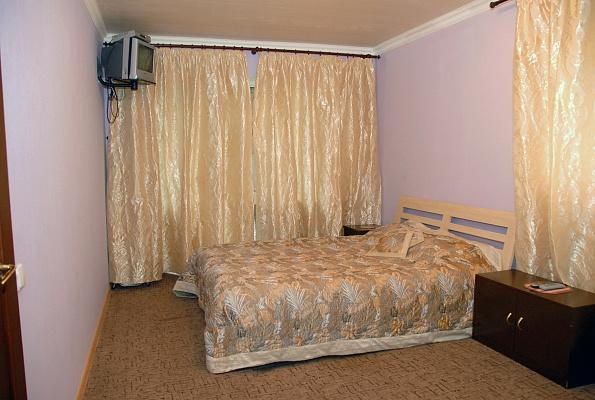 1-комнатная квартира посуточно в Киеве. Соломенский район, ул. Лукашевича, 21. Фото 1