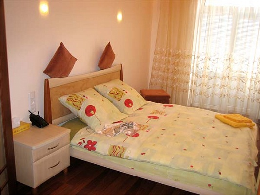 1-комнатная квартира посуточно в Николаеве. Соломенский район, пр-т Ленина, 171. Фото 1