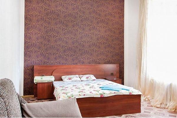 1-комнатная квартира посуточно в Киеве. Голосеевский район, ул. Жилянская, 55. Фото 1