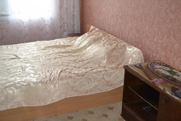1-комнатная квартира посуточно в Каменце-Подольском. ул. Госпитальная, 1. Фото 1